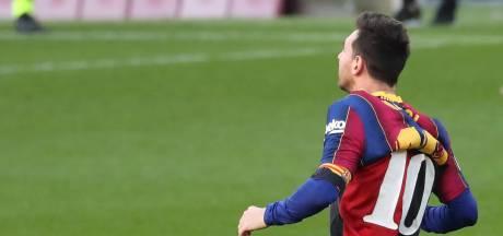 Barça krijgt boete van 780 euro voor eerbetoon aan Maradona