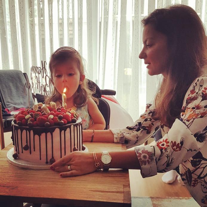 Wet Van Murphy Op De Verjaardag Van Sara Alles Gaat Mis Voor Sara