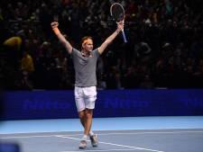 Thiem verslaat titelverdediger Zverev en stoot door tot finale in Londen