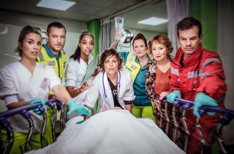 De nieuwe scripted reality-reeks 'Echte verhalen: SOS 112' vervangt 'De Buurtpolitie' op VTM.