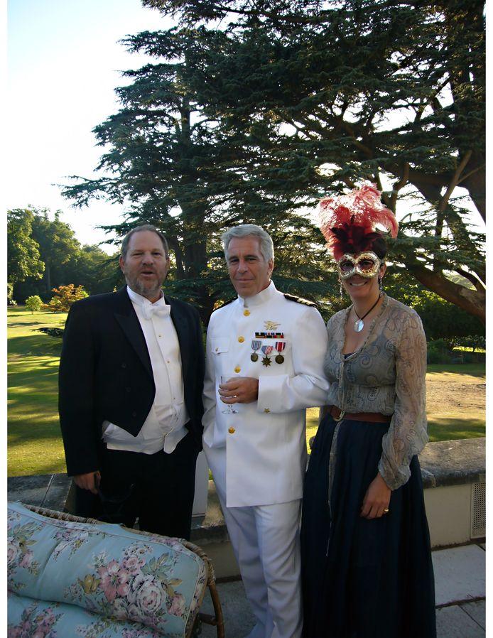 Harvey Weinstein, Jeffrey Epstein et Ghislaine Maxwell à la fête d'anniversaire de la princesse britannique Beatrice.