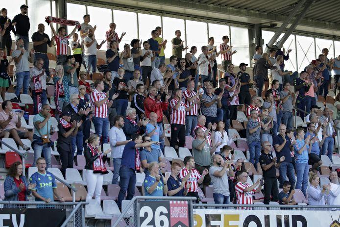 Fans tijdens Sparta - Ajax (0-1) op zondag 13  september.