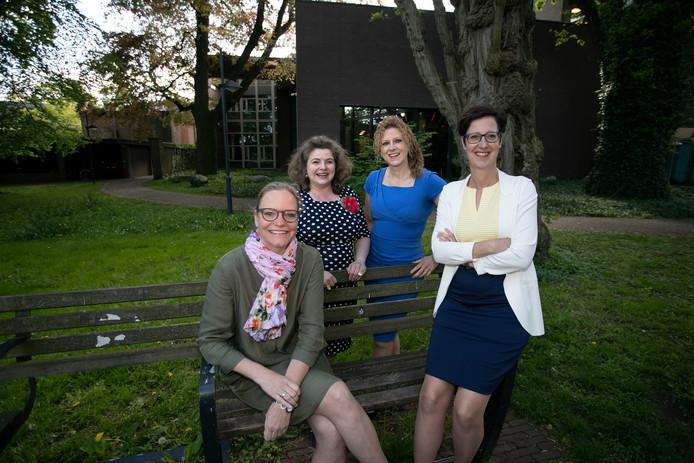 De vier vrouwelijke wethouders in Gemert-Bakel: Anke van Extel-van Katwijk, Wilmie Steeghs, Inge van Dijk en Miranda de Ruiter (vlnr).