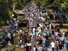 Bevrijdingscolonne door Eindhoven maakt veel los in regio