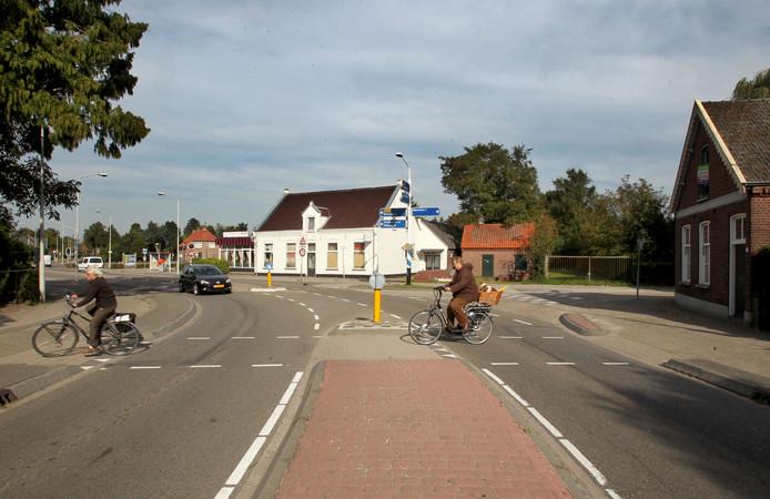 De vernieuwde N395 moet een stuk veiliger worden, onder meer voor fietsers.