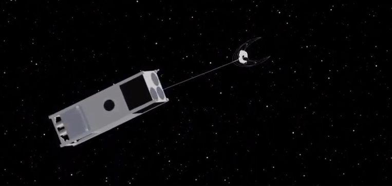 OSCaR is een nanosatelliet die uitgerust wordt met enkele sensoren en een grijparm.