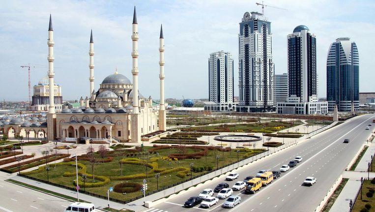 De Tsjetsjeense hoofdstad Grozny. Homorechten bestaan niet in Tsjetsjenië, want volgens de autoriteiten zijn er geen homoseksuelen in de republiek. Beeld Getty