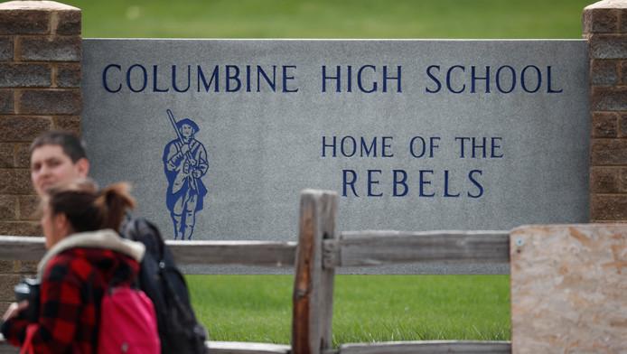 Les élèves de Columbine ont été confinés suite à des menaces.