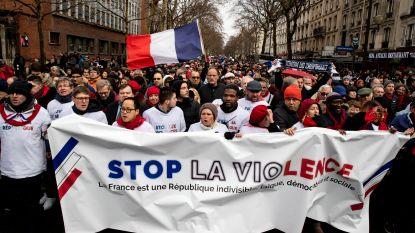 VIDEO. Na de 'gele hesjes': nu ook 'rode sjaaltjes' op straat in Frankrijk