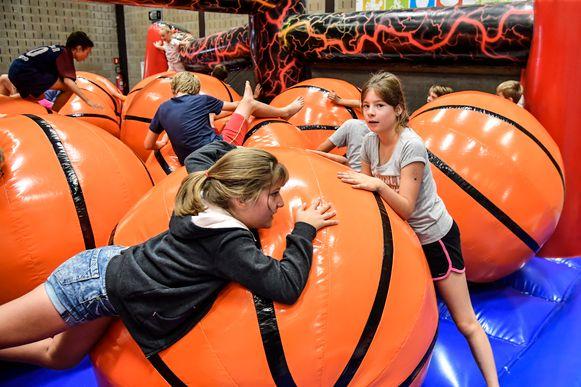 Kinderen kunnen zich in de paasvakantie uitleven op verschillende sportkampen.