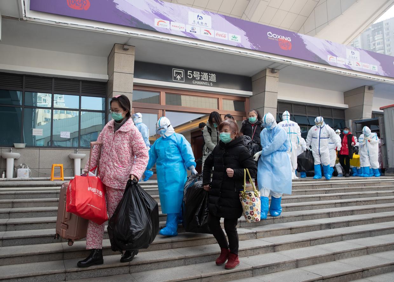 Alle patiënten en personeel mogen het tijdelijke Wuchang Fangcang-ziekenhuis in Wuhan verlaten.