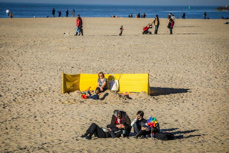 Toch al redelijk wat mensen kozen voor een uitje op het strand