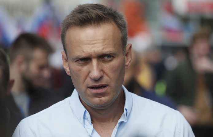Oppositieleider Aleksej Navalny  maakte bekend dat hij zondag terug zal keren naar Rusland