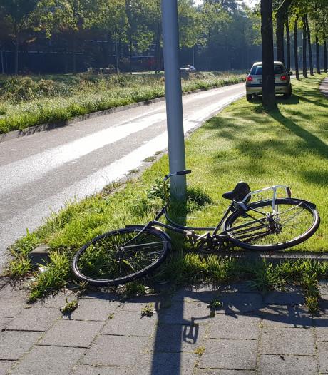 Fietser gewond na aanrijding door auto in Wageningen