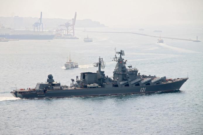 De kruiser voor geleide raketten Moskva van de Russische Zwarte Zeevloot.