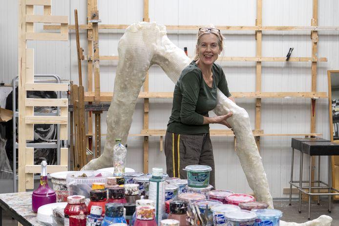 Esther de Vries is kunstenares en organisator van Blah blah blah, een kunstroute langs ateliers en woonhuizen van kunstenaars in Hengelo.