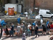 Arnhem verwacht nog tientallen skeletten op te graven