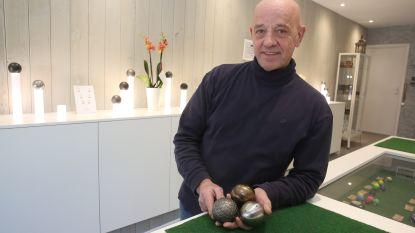 """Laurent (60) opent eerste Vlaamse petanquespeciaalzaak: """"Op vakantie mijn eerste balletje gegooid en drie jaar later garage verbouwd tot winkel"""""""