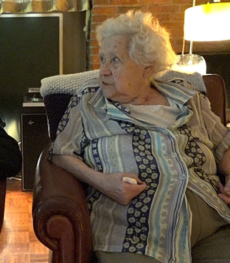 Film over mantelzorg: Chris en oma uit Eindhoven rooiden het wel samen
