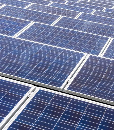 Flink aantal zonnepanelen gestolen in Enkawijk in Ede