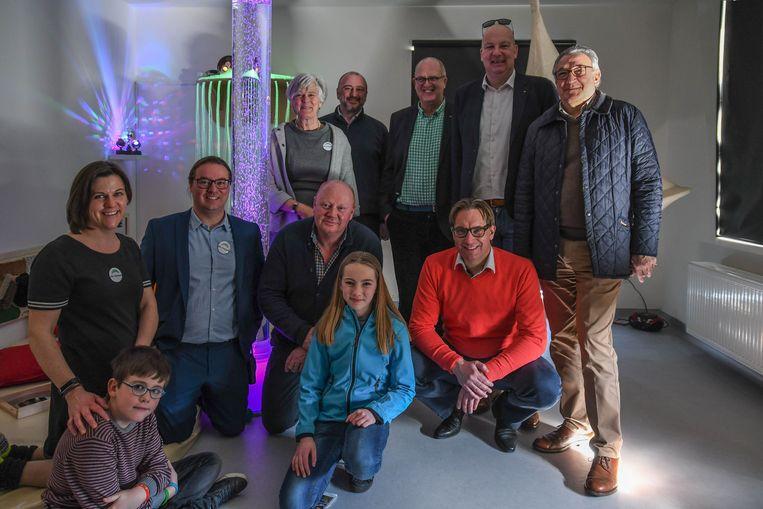 De snoezelruimte kwam er met de financiële hulp van firma De Nul, De Lions Club Geraardsbergen, Kiwanis Zottegem en 51 club Geraardsbergen.