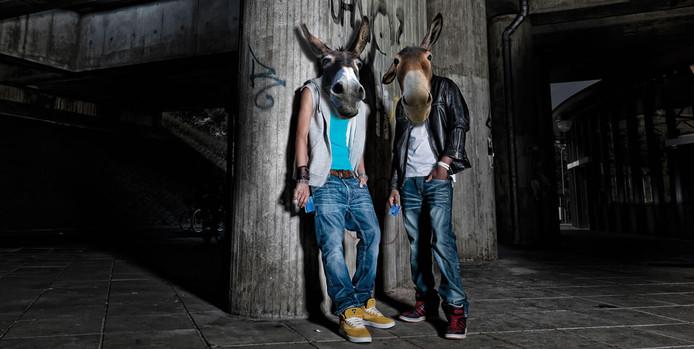 Criminelen lokken jongeren als geldezel in Deventer.