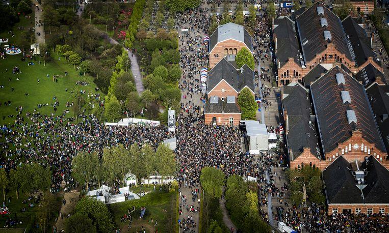 Het Bevrijdingsfestival brengt mensen samen in het Westerpark Beeld anp