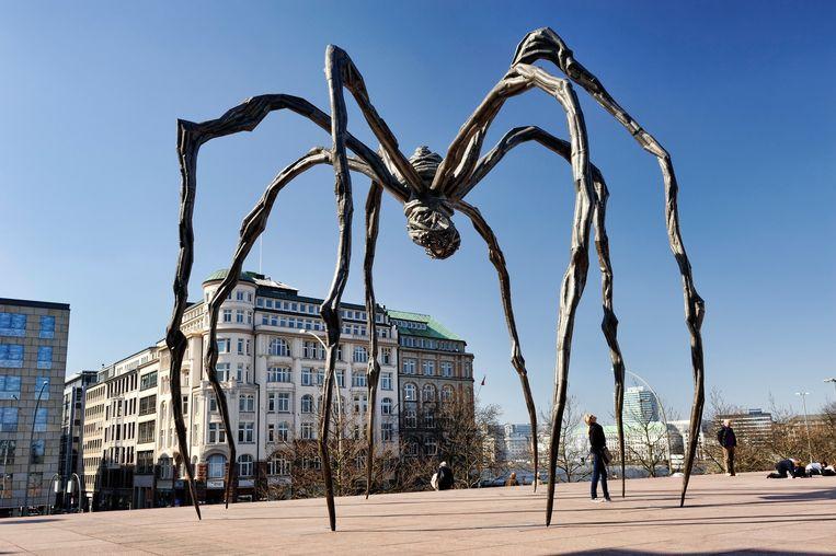 De spinnen van Bourgeois staan op het voorplein van mening museum.   Beeld Getty Images