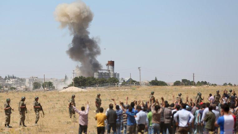 In en rond Kobani laaien de gevechten de laatste dagen weer op.
