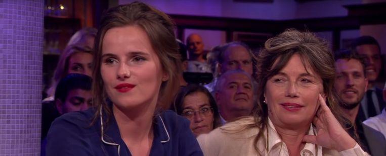 Mea Dols de Jong en haar moeder Beeld RTL Late Night