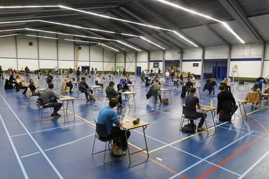 Eerder werden al schoolexamens gehouden in sportcomplex De Baken in Boxtel, vrijdag is het de beurt aan moslims voor het Offerfeestgebed.