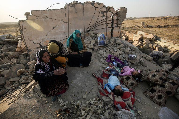 Iraakse burgers in Mosoel.