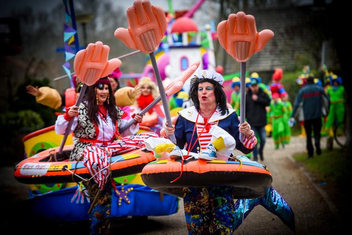 Carnavalsoptocht in Casteren.