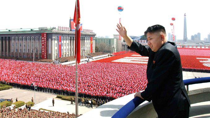 """Ex-Navy SEAL tweet dé oplossing voor Noord-Korea: """"Drop geen bommen maar 25 miljoen iPhones"""""""