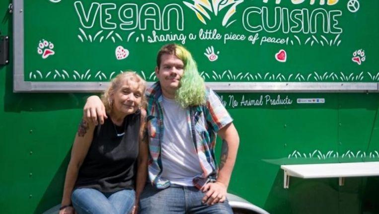 Delinda Jensen met haar zoon Kyle.