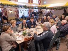 Kerstmarkt Willibrorduskerk is ook een soort reünie