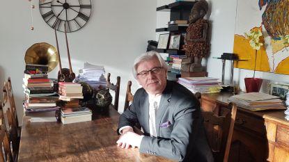 Van strafpleiter tot schrijver: advocaat Eddy Cochez brengt eerste roman uit