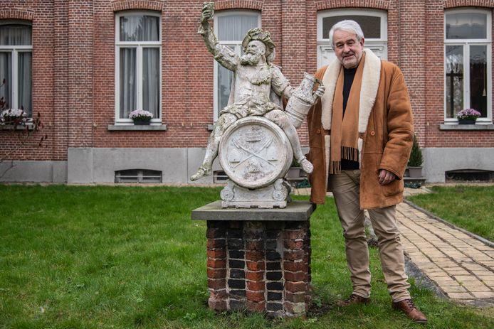 De familie van Luc De Schoesitter kent een rijke geschiedenis in Hamme.