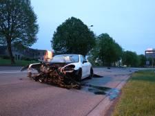 Porsche gecrasht in Nieuwegein, bestuurder spoorloos
