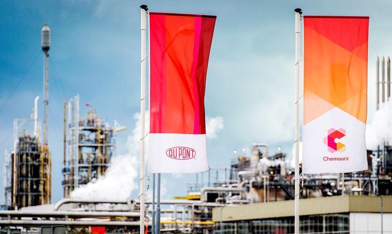 Exterieur van Chemieconcern DuPont, nu bekend onder de naam Chemours in Dordrecht. Beeld anp