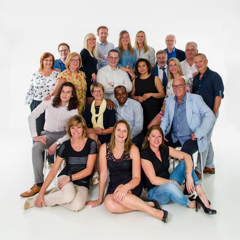 De ploeg van N-VA Sint-Lievens-Houtem telt 11 vrouwen en 10 mannen.