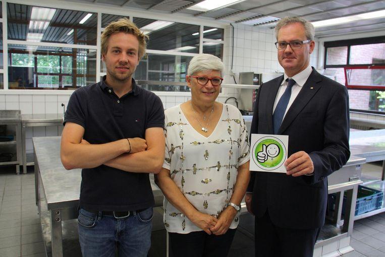 Preventieadviseur Nick Demarée, coördinator Chantal Vandekerckhove en directeur Peter Verbeke.