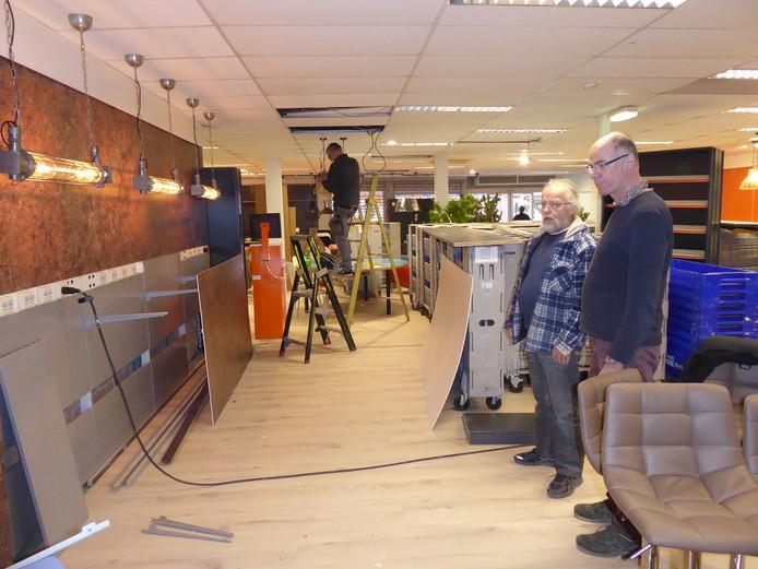 De inrichting van de nieuwe bibliotheek in Schijndel aan de Hoofdstraat is in volle gang.