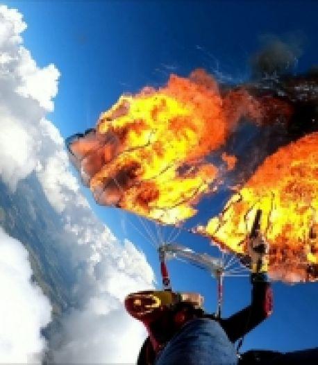 Il brûle son parachute en plein saut avec un pistolet de détresse