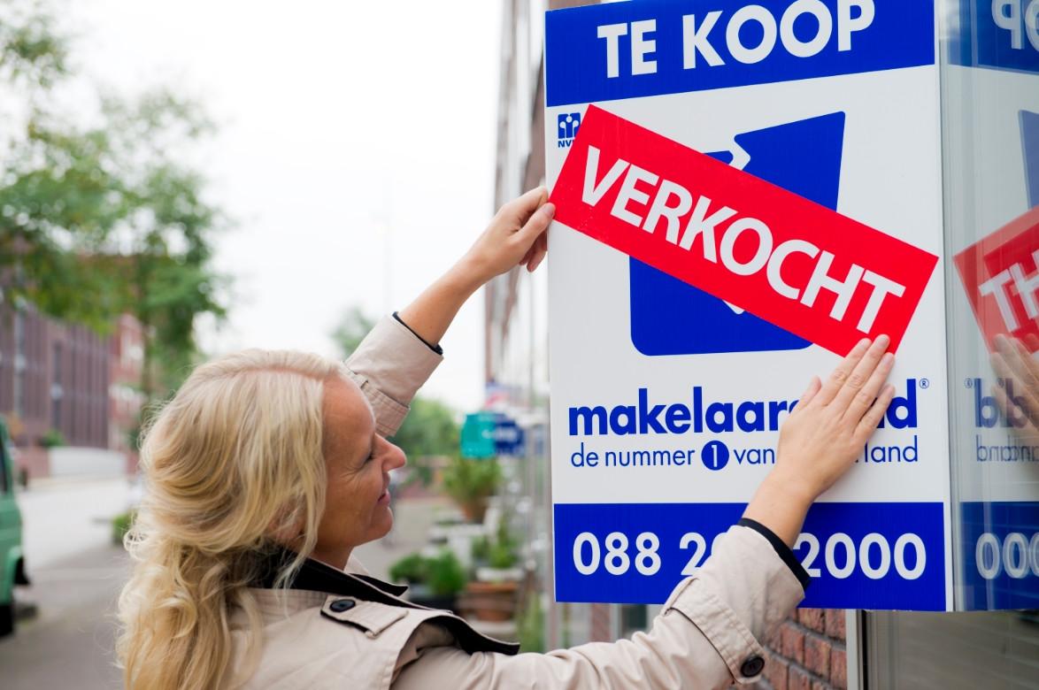 De NVM-makelaars verkochten in drie maanden bijna 700 woningen.