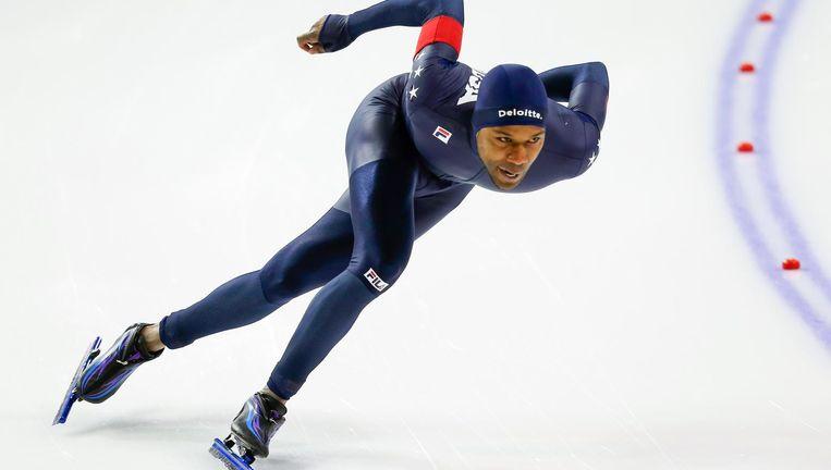 Wereldrecordhouder Shani Davis in Calgary 13de op de 1.000 en 1.500 meter. Beeld ISU via Getty Images