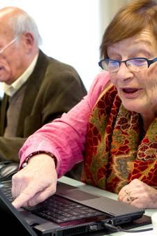 Ouderen zitten steeds vaker op Facebook en Skype