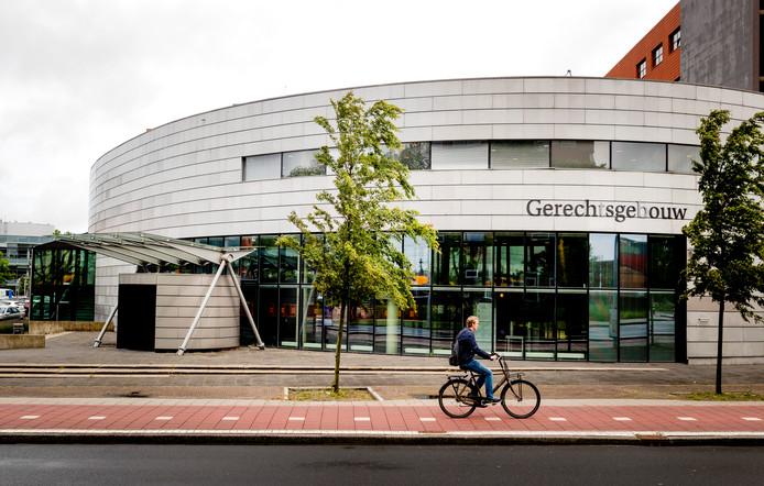 Exterieur van de rechtbank in Alkmaar.