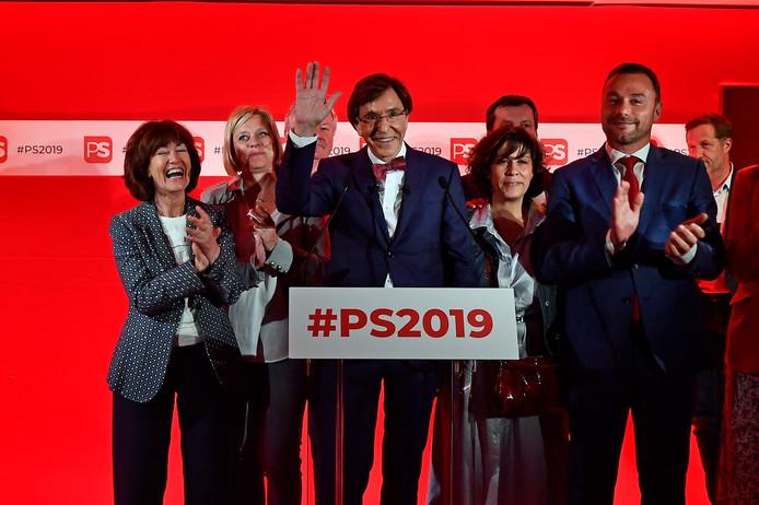 Elio Di Rupo a attendu des résultats plus précis pour prononcer son discours