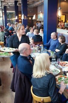 Een goede pizza in afgeladen Jamie Olivers Pizzeria